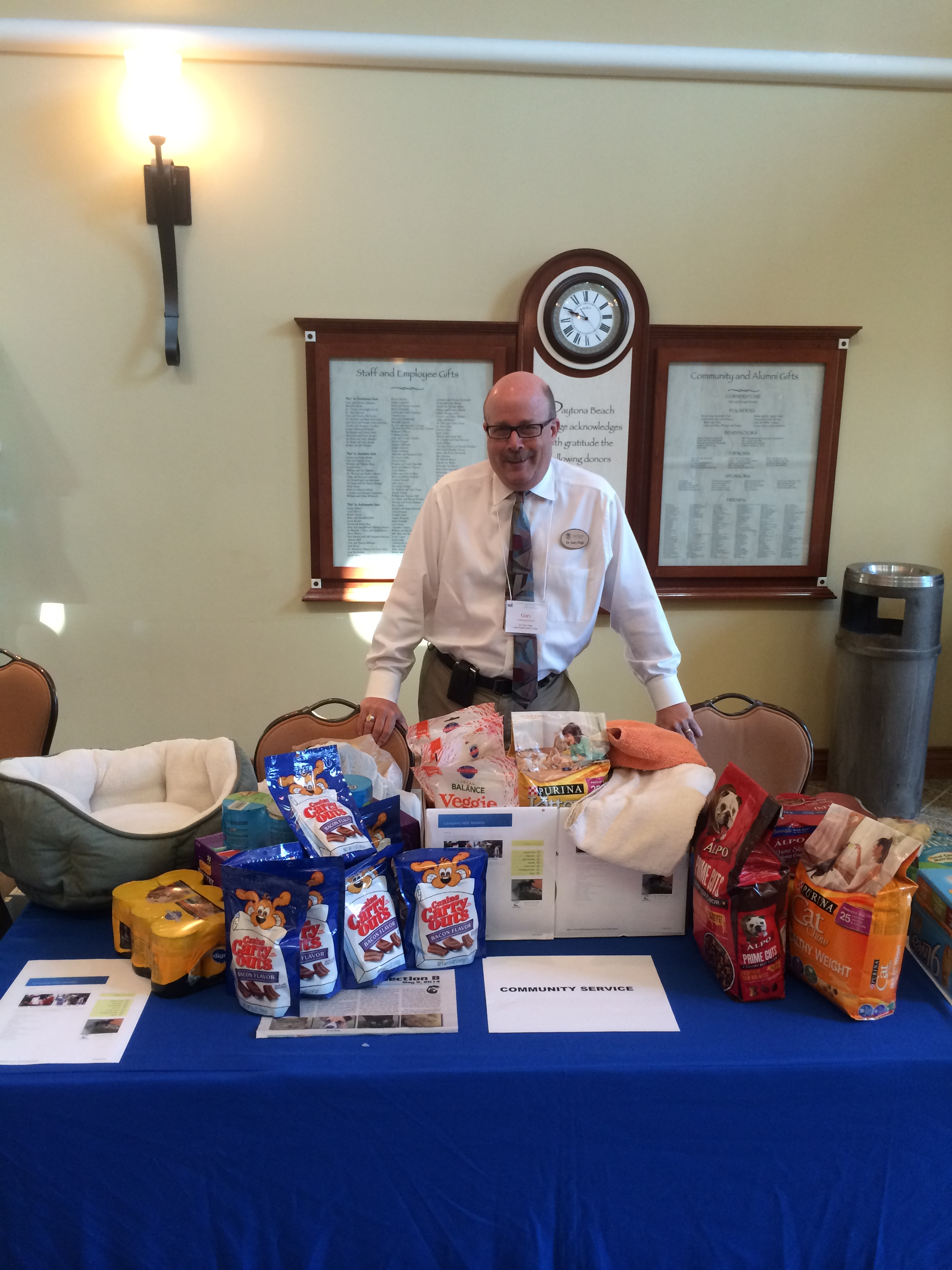 Dr. Gary Sligh and AFC donations for the Halifax Humane Society